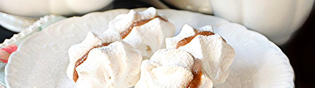 Chestnut cream meringues with Balsamic Vinegar of Modena PGI