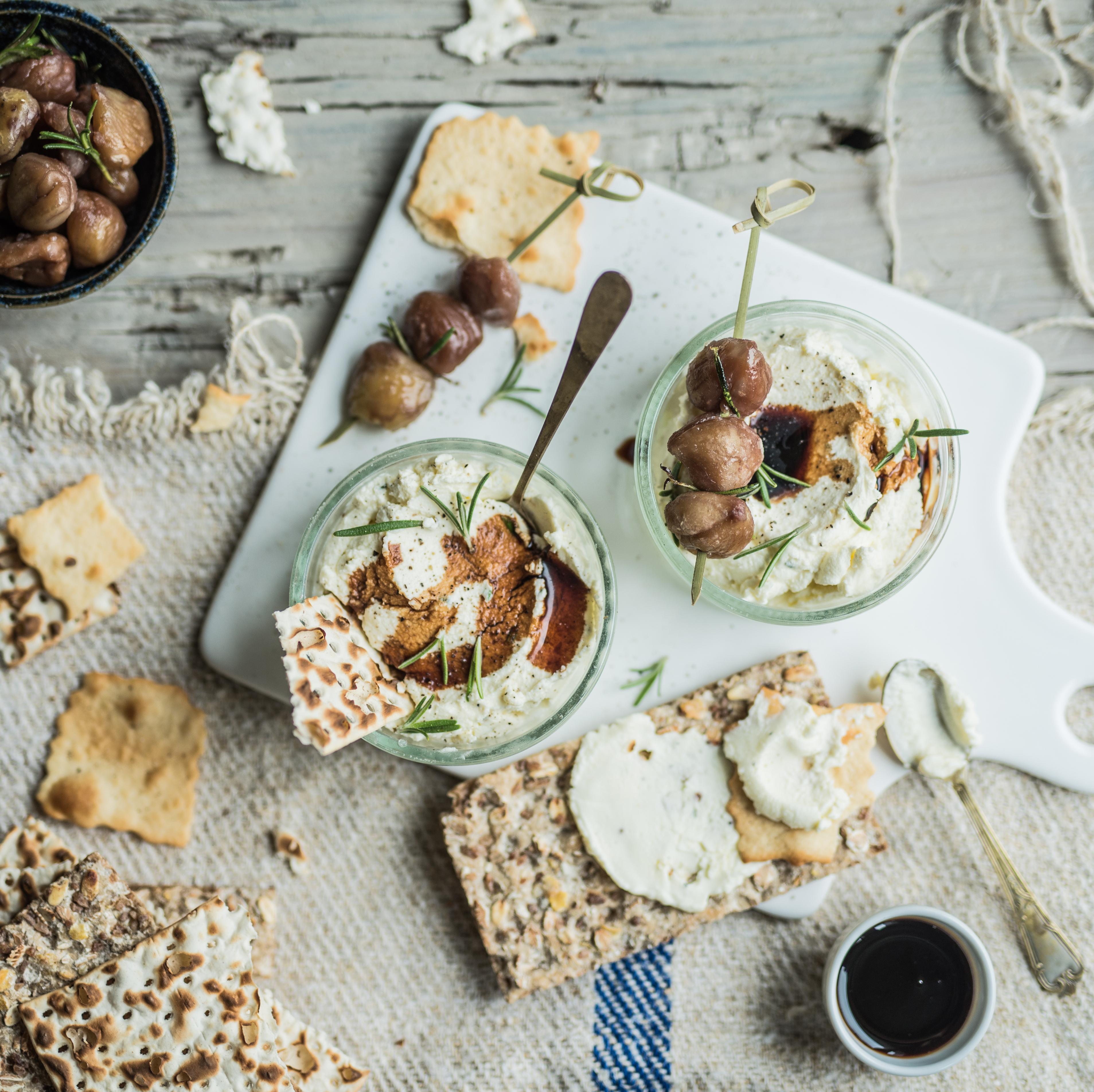 Verrines de mousse mascarpone, brochettes de châtaignes rôties et Vinaigre Balsamique de Modène IGP
