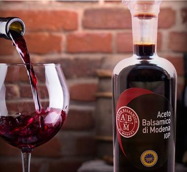 Balsamic Vinegar of Modena AND CHIANTI CLASSICO