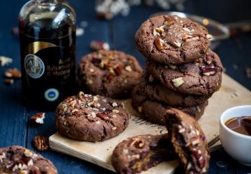 Cookies noix de pécan, coeur moelleux au caramel d'érable et Vinaigre Balsamique de Modène IGP