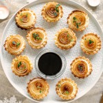 Tartlets with goat ricotta cheese and caramelised Borettana Onions