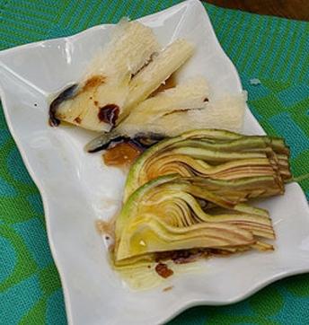 Insalata di carciofi con Aceto Balsamico di Modena IGP invecchiato e Parmigiano Reggiano