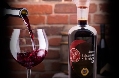Balsamic Vinegar of Modena AND CHIANTI CLASSICO