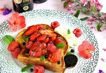Brioche perdue, fruits rouges et caramel de Vinaigre Balsamique de Modène IGP
