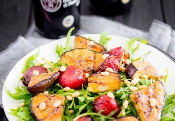 Rucola-Salat mit Aceto Balsamico di Modena g.g.A.-Tomaten