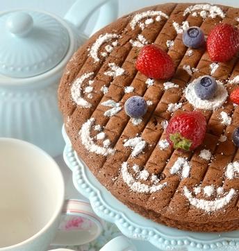 Hot milk sponge cake al cacao e Aceto Balsamico di Modena IGP