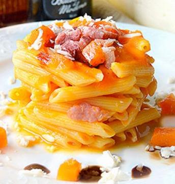 Penne con zucca, pancetta e Aceto Balsamico di Modena IGP