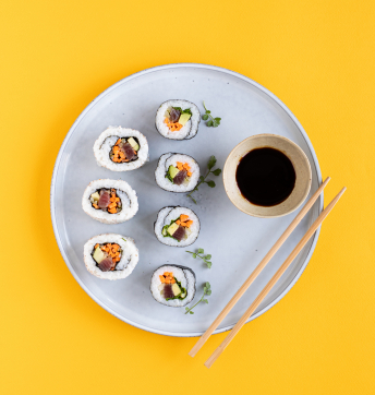Sushi rolls di riso all'Aceto Balsamico di Modena IGP, tonno e verdure
