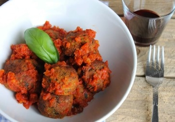 Not fried courgette balls with mozzarella