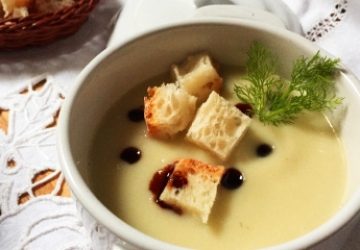 Fennel cream with Balsamic Vinegar of Modena PGI and croutons