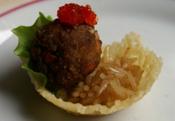 Parmigiano Reggiano PDO baskets with Balsamic Vinegar of Modena PGI and pepper meatballs and basmati rice