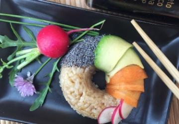 Donut vegetariano de sushi con Vinagre Balsámico de Módena IGP